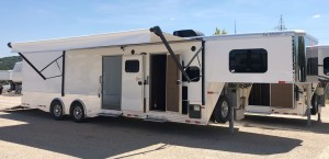 CMC Truck and RV, Inc : TRAVEL TRAILERS